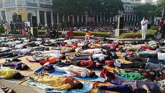 yoga at raahgiri day connaught place