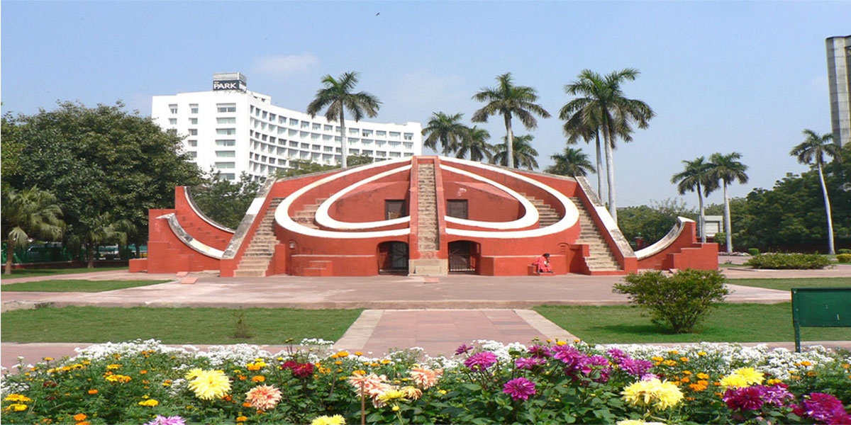 Jaantar Mantar of Delhi MyConnaughtplace