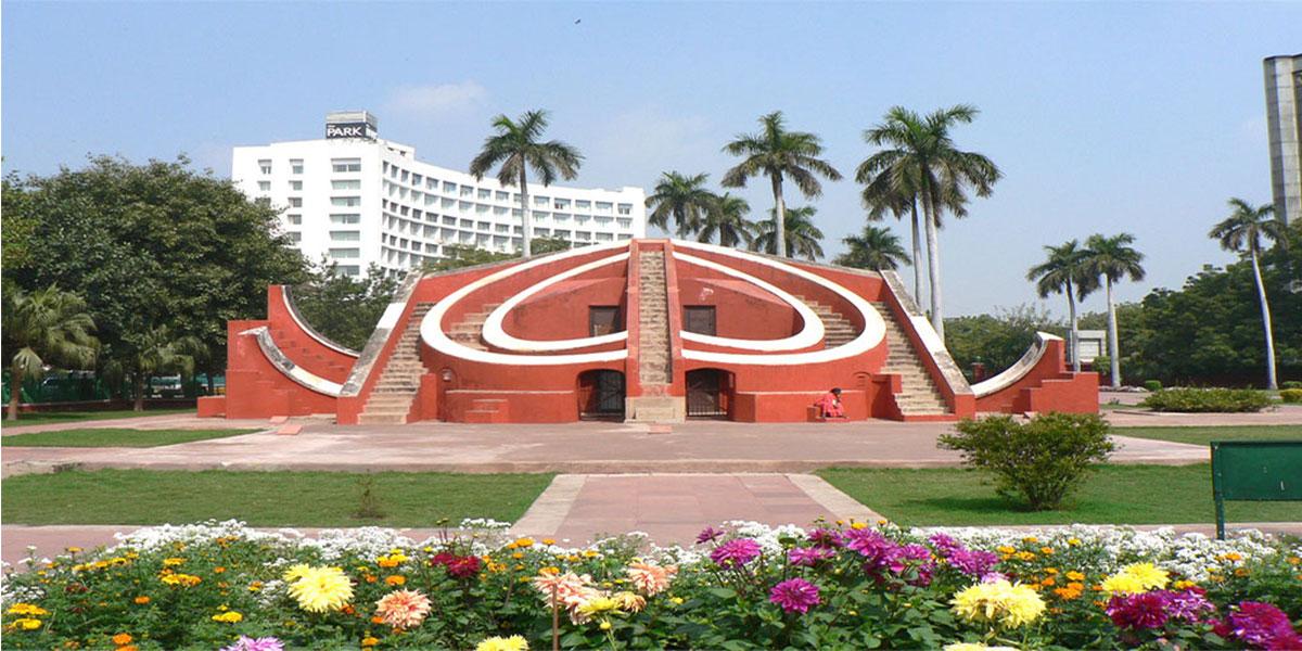 Jaantar Mantar of Delhi MyConnaughtplace